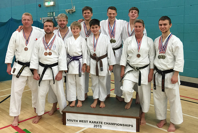 Team picture at the KUGB South West Championships